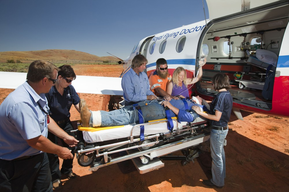 how to become an emergency doctor australia